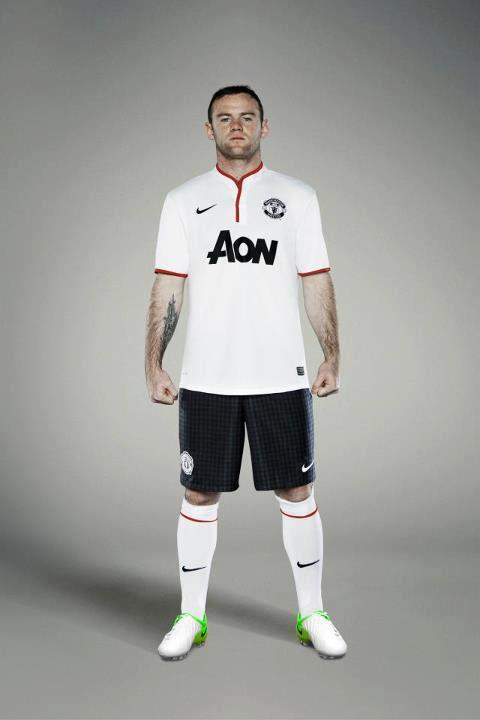 Manchester United Away Kit 2012 2013  11